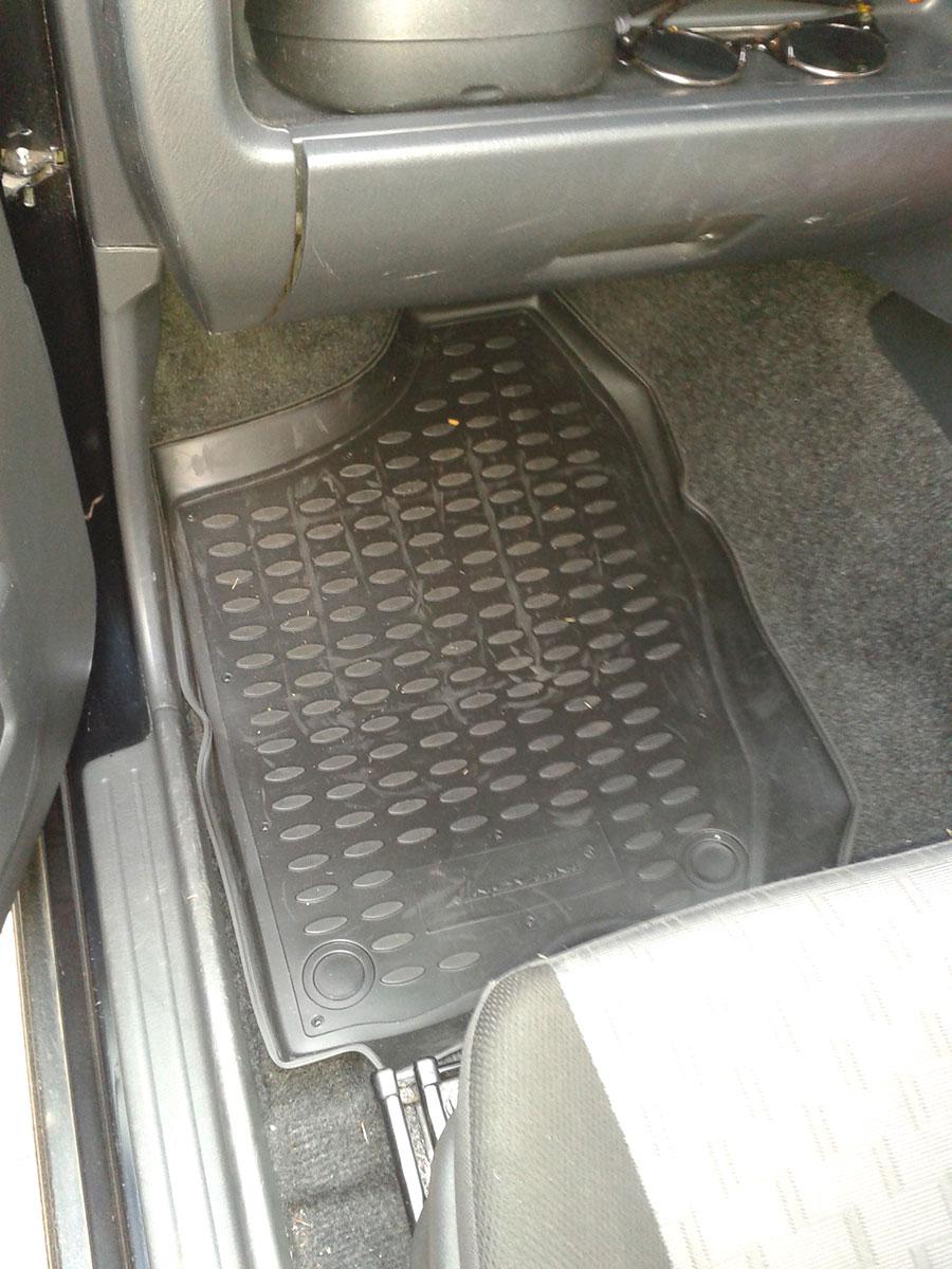 Suzuki Jimny 2001-2018 TPE Floor Liners