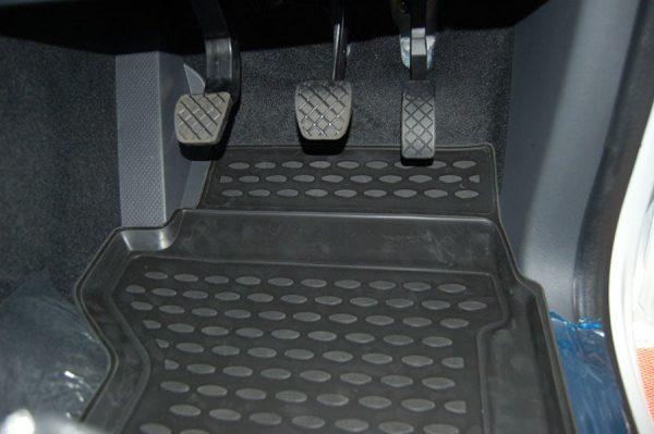 VW Amarok D/C 2010-Present TPE Floor Liners