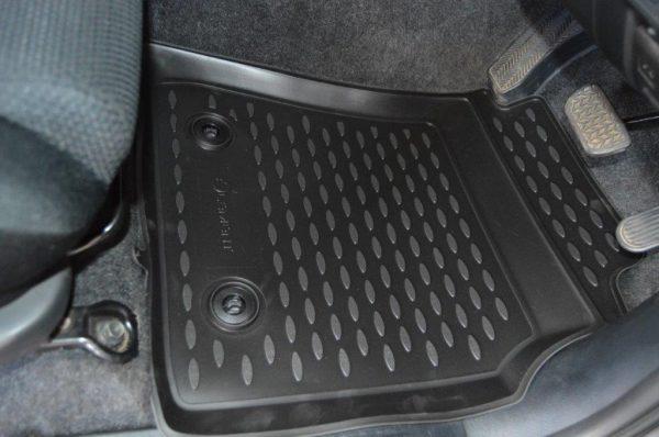 Toyota Hilux D/C 2005-2016 TPE Floor Liners
