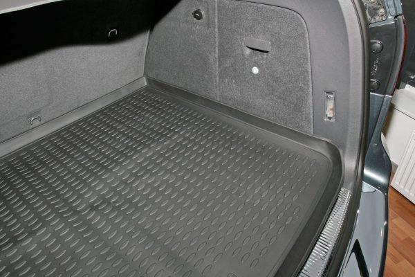 VW Touareg 2002-2010 SUV TPE Boot Liner