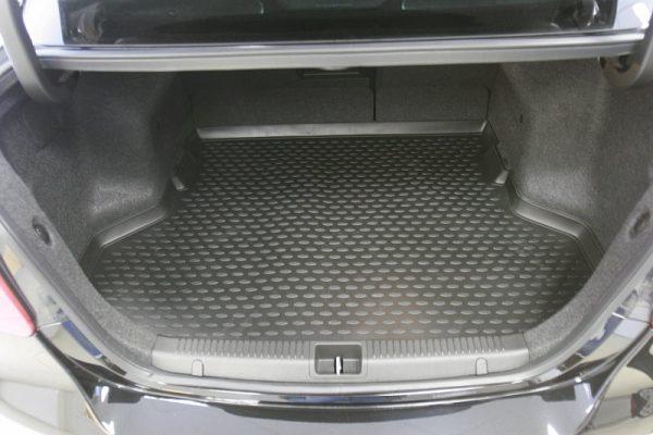 Suzuki Kizashi 2011-Present Sedan TPE Boot Liner