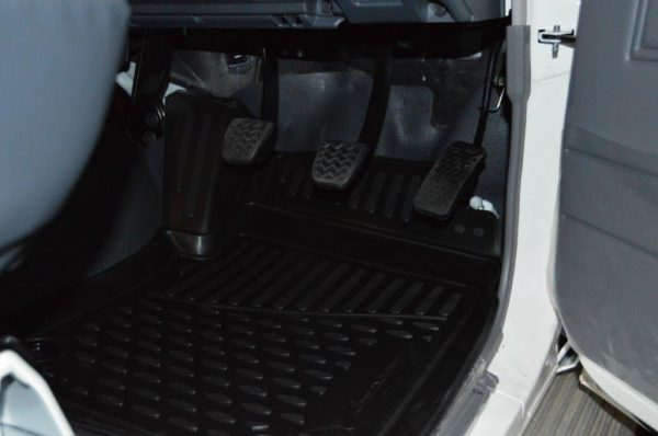 Toyota Land Cruiser 79 S/C TPE Floor Liners