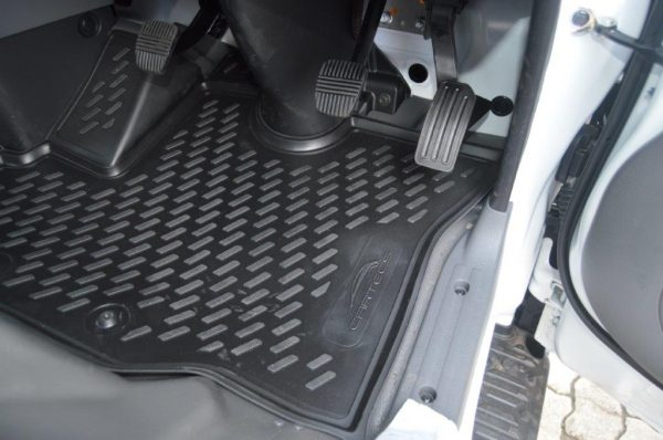 Nissan NV350 Wide Body Panel Van 2014-2017 TPE Floor Liners
