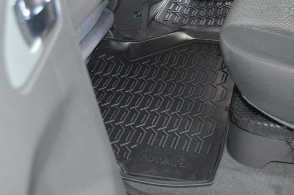 Nissan Navara D/C LE (Spain Spec) 2005-2016 TPE Floor Liners