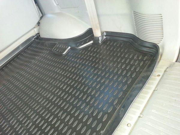 Toyota Land Cruiser 100 1998-2007 TPE Boot Liner (BLACK)